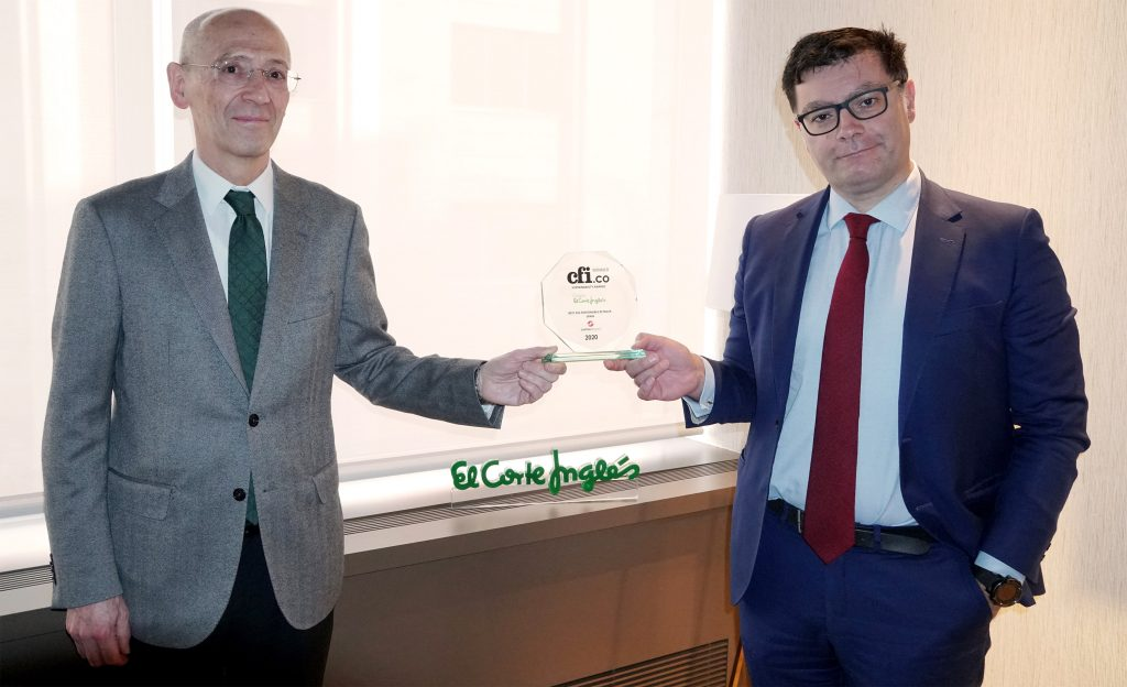 Bernardo Cruza Martos, CSR (Corporate Social Responsibility) Director at El Corte Inglés (left) and Óscar Fernández de Llano, CFO (Chief Financial Officer) at El Corte Inglés (right)