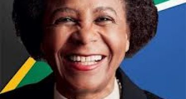 Dr Ramphele: Opposing the ANC
