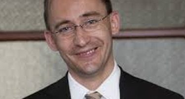 Tobias Preis: Beating the Stock Market with Google's Big Data