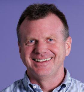 Peter Macnee
