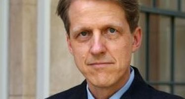 Robert Shiller: Making Sense of the Irrationality of Markets