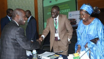 Participants discussed policies and incentives to increase the flow of investment across West Africa.