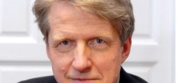 Robert J Shiller: Mastering Data