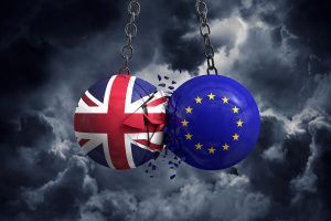 Brexit Nears, Hedge Funds Flip Sides, and IMF Urges Spending