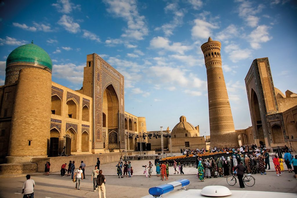 Uzbekistan: Historic square in Samarkand. Photo: Bakhodir Saidov