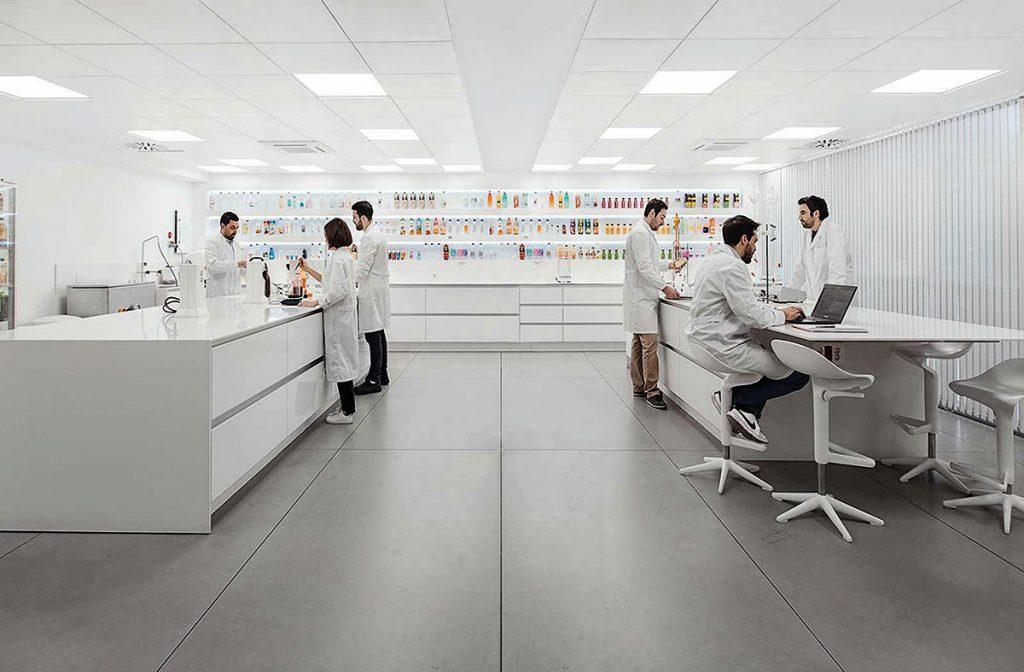 sagasta-quince-sq-amc-group-fotografia-instalaciones-laboratorio-1
