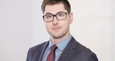 Vladislav Gounas: Whenever in Doubt, Choose Passive Over Active Investing