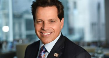 Anthony Scaramucci: Mooching Towards Washington, With No Polyester Suits in Sight